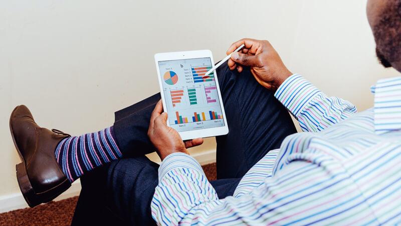 Как управлять доходностью товаров? Когда маржа может обманывать? Что упускает типовой отчет 1С, когда формирует рейтинг ваших товаров?